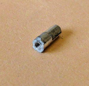 Broken aluminium nipple